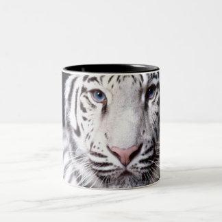 Fotografía blanca del tigre de Bengala Taza De Dos Tonos
