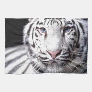 Fotografía blanca del tigre de Bengala Toalla De Cocina