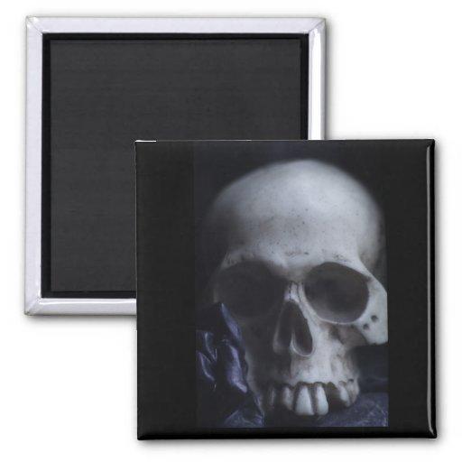 Fotografía blanca negra severa del cráneo humano f imán cuadrado