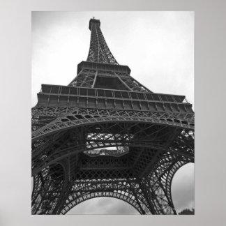 Fotografía blanco y negro de la torre Eiffel Póster