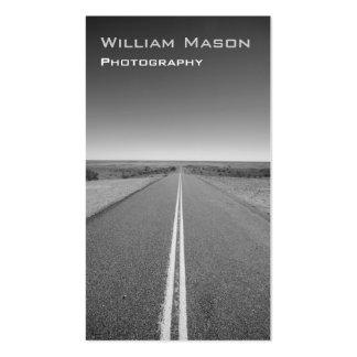 Fotografía blanco y negro del camino - tarjeta de tarjetas de visita