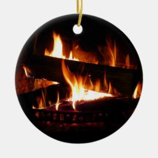 Fotografía caliente de la escena del invierno de adorno navideño redondo de cerámica