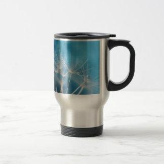 Fotografía de la bella arte de los azules del taza de viaje