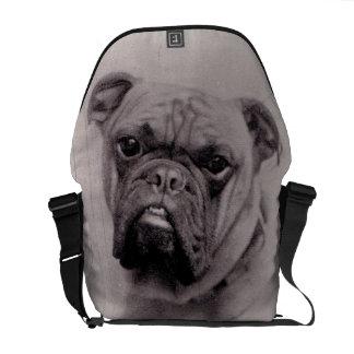 Fotografía de la cara del dogo del vintage bolsa de mensajería