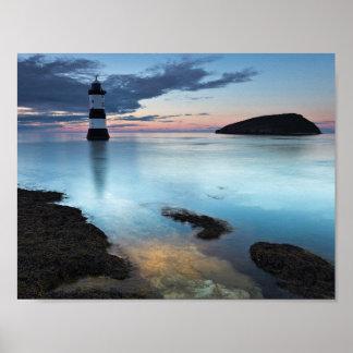 Fotografía de la casa ligera de la vista al mar impresiones
