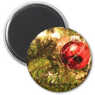 Fotografía de la decoración de la bola del navidad iman