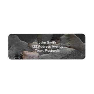 Fotografía de la macro de la corteza de árbol etiqueta de remite