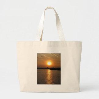 Fotografía de la puesta del sol romántica de Venec Bolsas De Mano