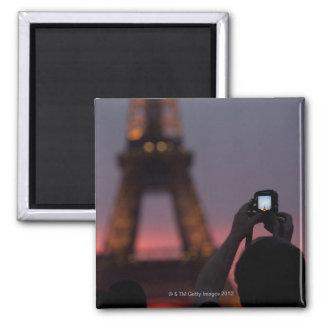 Fotografía de la torre Eiffel con un smartphone Imán Cuadrado