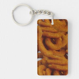Fotografía de oro frita de los anillos de cebolla llaveros