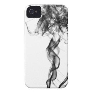Fotografía del humo - caja intrépida negra de Case-Mate iPhone 4 fundas