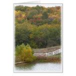 Fotografía del paisaje del otoño felicitacion