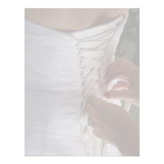 Fotografía del vestido de boda del cordón de la ma plantilla de membrete