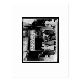 Fotografía del vintage opuesta a la posición del postal