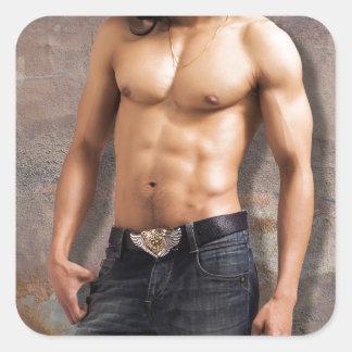 Fotografía desnuda del pecho del hombre pegatina cuadrada