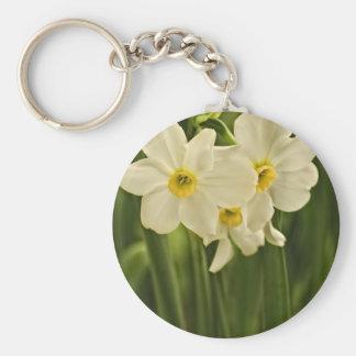 Fotografía floral:  Narciso blanco de la primavera Llavero Redondo Tipo Pin