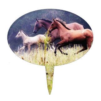 Fotografía galopante de los caballos decoración de tarta