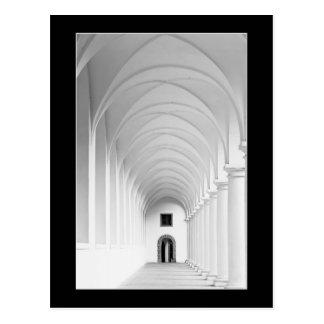 Fotografía gótica del monocromo del vestíbulo tarjetas postales