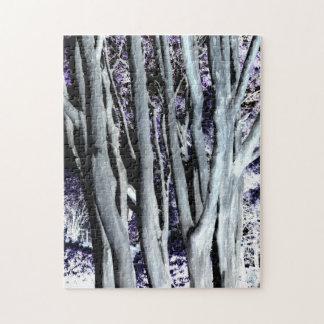 Fotografía gris púrpura violeta del arte del árbol puzzle