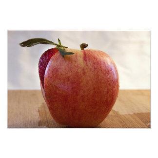 Fotografía jugosa y única de la fresa de Apple de  Fotografías