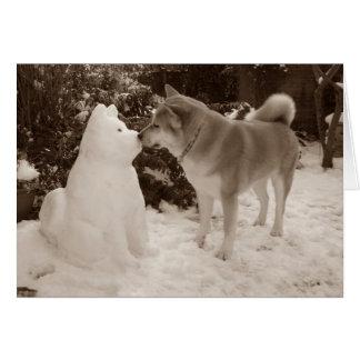 fotografía linda de Akita del muñeco de nieve de Tarjeta De Felicitación