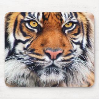 Fotografía masculina de la pintura del tigre alfombrillas de ratón