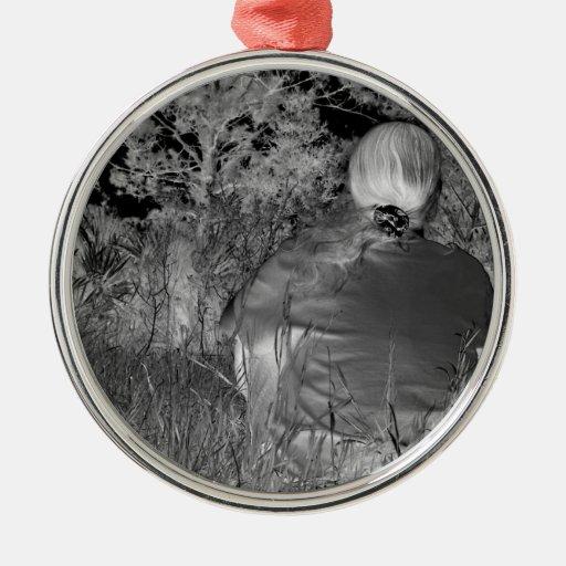 Fotografía negativa de Solarized de la figura a so Adorno De Reyes