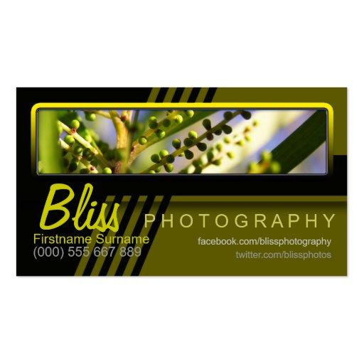 Fotografía negra verde de la naturaleza con la tarjetas de visita