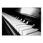 Fotografía negra y blanca con clase del piano tarjeta de felicitación