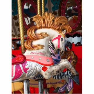 Fotografía rosada y blanca del caballo del carruse esculturas fotográficas