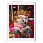 Fotografía rosada y blanca del caballo del carruse tarjeta