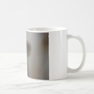 Fotografía suave de la lente del foco de la taza d
