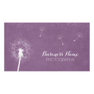 Fotografía violeta elegante del diente de león tarjetas personales
