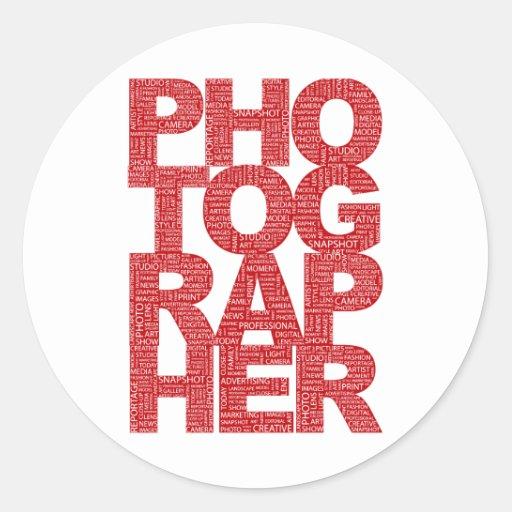 Fotógrafo - texto rojo pegatina redonda