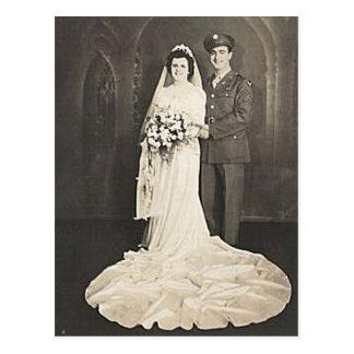 Fotos románticas antiguas de novia y del novio del postales