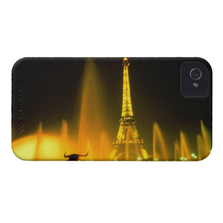 Fountain at the world famous Eiffel Tower Paris iPhone 4 Cover