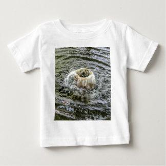 fountain gushing baby T-Shirt