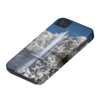 Fountain in Infrared iPhone 4 Cover