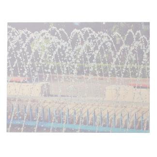 Fountain jet scratch pad