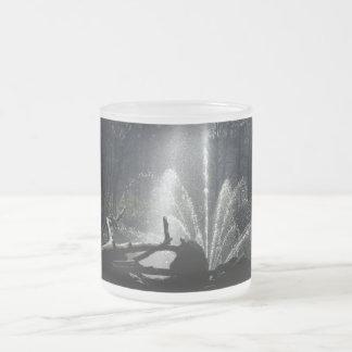 Fountain 10 Oz Frosted Glass Coffee Mug