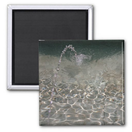 Fountain Spray 2 Inch Square Magnet