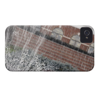 Fountain Spray Case-Mate iPhone 4 Cases