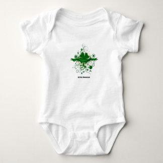 Four-Leaf-Clover-Design2, pequeño gamberro Camisas