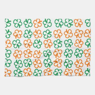 Four-leaf clover kitchen towel
