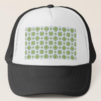 Four leaf clover pattern trucker hat