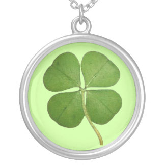 Four Leaf Clover Round Pendant Necklace