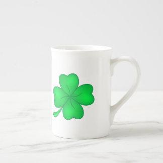 Four-leaf clover sheet tea cup