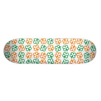 Four-leaf clover skateboard