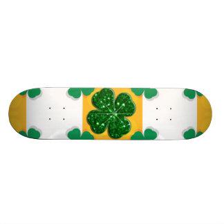 Four Leaf Clover Sparkle Hearts Skateboard