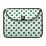 Four leaf clovers in green sleeve for MacBooks